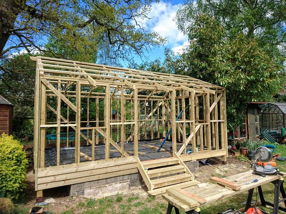 Timber summerhouse, Bedfordshire
